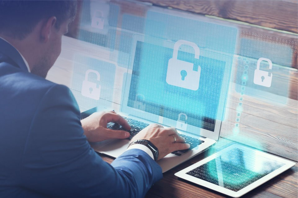 How to Reduce The Risk Of A Data Breach Whilst Working Remotely